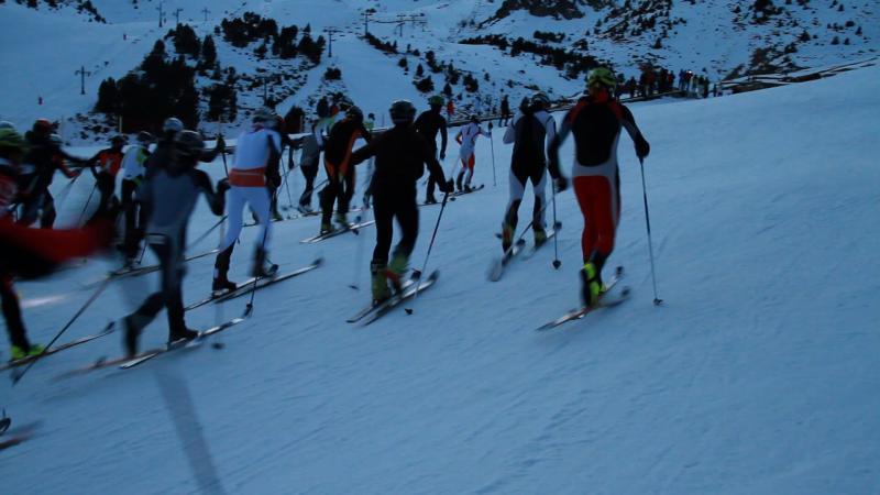 Buena afluencia de esquiadores en Vallter 2000