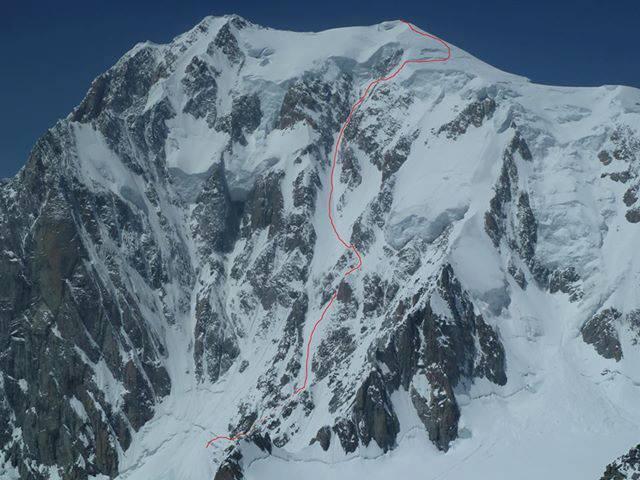 El pasado 5 de julio Luca Pandolfi, Tom Grant y Ben Briggs han realizado un espectacular descenso en snowboard por el ...