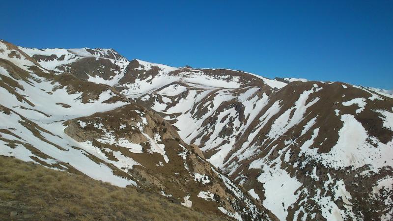 Cara sur de la Vall de Riu y contrafuertes del Pic de l`Estanyó (2.911 m)