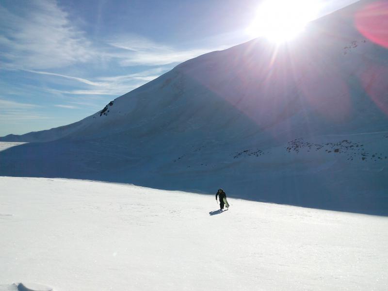 Cara norte del Bastiments en la sombra