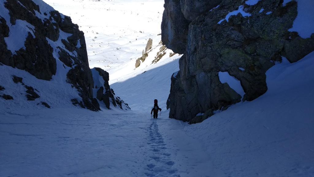 Ascensión por el corredor central del Pic de Font Freda y descenso por el valle de la cara sureste.