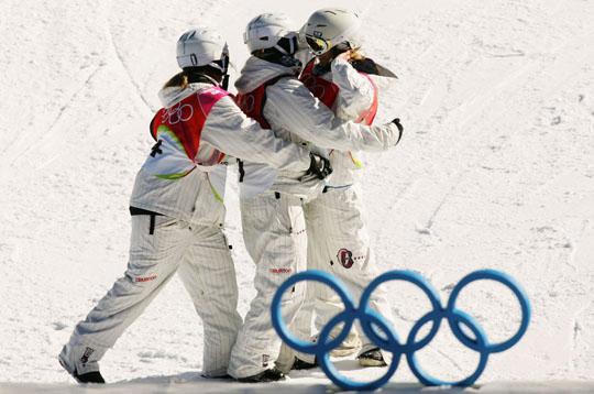 La estadounidense Hannah Teter se lleva el oro olímpico con una excelente ronda