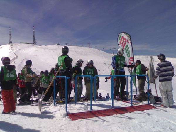 Snowboardcross Snowbeer en Port Ainé