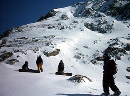 Nelson Domínguez nos trae un reportaje de montaña con splitboard en el valle de Arán